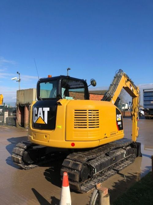 8 tonne CAT digger for hire, excavator for hire
